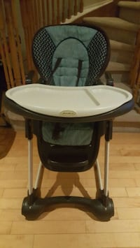 baby's black and white high chair Mississauga, L5M 7N1