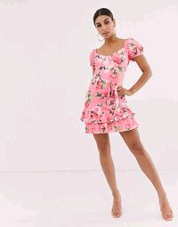 Never worn sz6 floral pink bodycon plt dress Fairfax