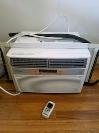 white window-type air conditioner 192 mi