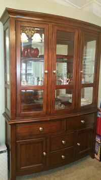 2 Piece Lighted Hutch w/lots of storage! Tampa, 33624