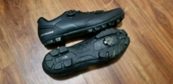 2eb6c2ddae2b64 Used Slecialized Torch 2.0 Road Shoes for sale in Sacramento - letgo