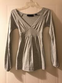 Gray long sleeve with bowtie in the back