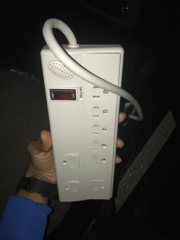5ft. Surge protector  5fbae8e6-bde0-4424-88ce-ccd0d1d03548