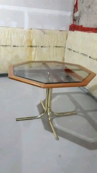 Glass table - octagon