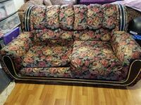 black, green, and white floral fabric loveseat Palo Alto, 94306