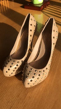 ALDO pumps for sale size 8.5 Carnot, 15108