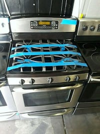 Ge gas stove excellent condition  Baltimore, 21223