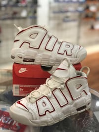 White Varsity Red Uptempo size 6 Laurel, 20707