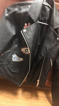 Black leather zip-up jacket Silver Spring, 20902