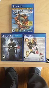 two Sony PS4 game cases null, T4E 0K6