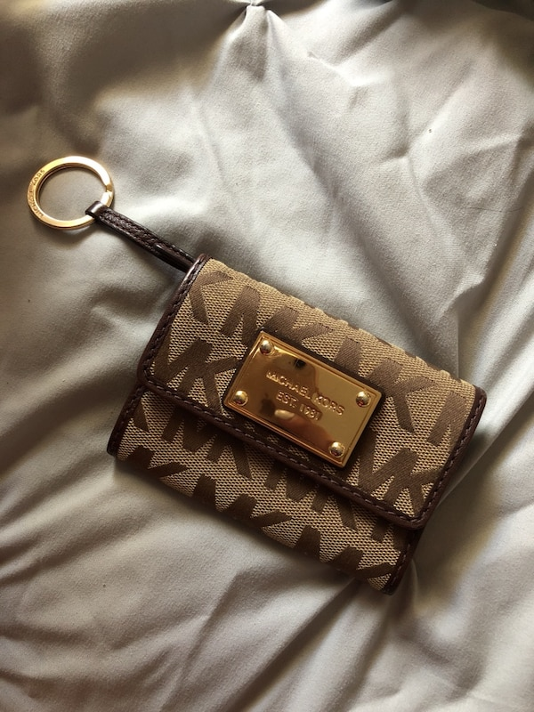 66be8ef1efa5fb Used Michael kors wallet for sale in Calgary - letgo