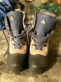 Womens columbia winter boots size 5.5 Sioux Falls, 57103