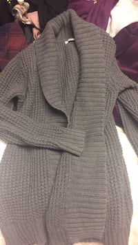 gray and white knitted cardigan Fort Saskatchewan, T8L 2L9