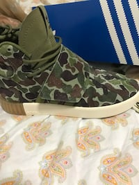 Adidas tubular shoes size 4.5