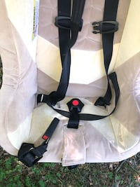Excellent condition deep car seat ages 1-5 up to 65lbs Rockville, 20851
