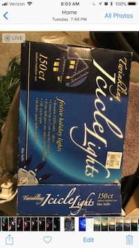 150 cl blue and black Twinkling Icicle Lights box screenshot