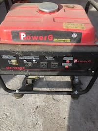 white and red portable generator Kingston, K0H 1S0