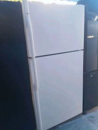white top-mount refrigerator Bakersfield, 93307