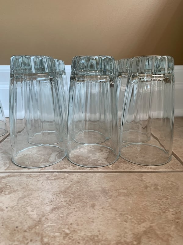 Glass drink ware cups 94c67f66-dccb-49c1-8358-7542c297fe06