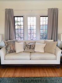 Beautiful cream/off white couch