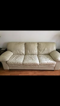 2 Piece Leather Couch Set Annandale, 22003