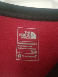 North face sweater Mississauga, L5M 7K8