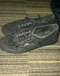 Black Vans, Ellinwood, 67526
