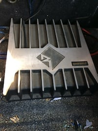 Grey and black power amplifier