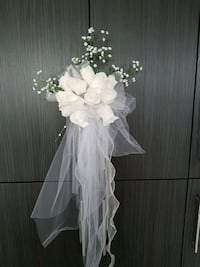 white flower/tulle arrangement for wedding events. Innisfil, L0L 1W0