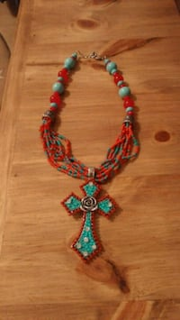 Stunning Beaded Cross Necklace Arlington, 76014