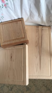 Maple wood butcher blocks. All sizes are different price Small size block has wood burning decorations Toronto, M8Y 1N6