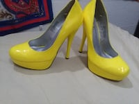 Club Couture electric yellow PVC heels Size 7