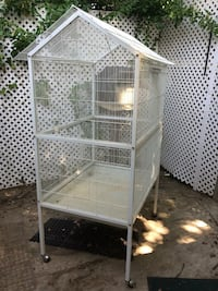 White steel pet cage Springfield, 22150
