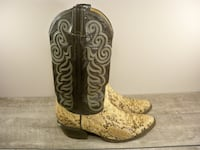 Vintage Tony Lama #8114 Snake Skin Leather Exotic Men's Cowboy Boots 9 Maple Grove