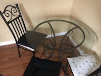 Glass table with 4 chairs, you haul Ashburn, 20148