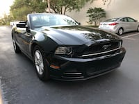 2013 ford mustang convertible clean title