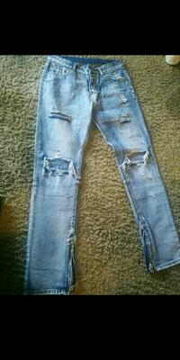 Ripped jeans West Sacramento, 95605