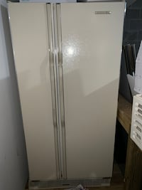 Kitchen Aid Refrigerator (Ivory is The Color) Orchard Park, 14127