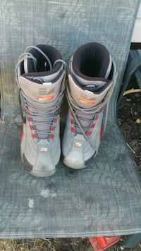 pair of gray-and-black snowboard boots Edmonton, T5A 2Y7