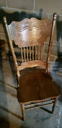 Oak table with 6 Chairs Freehold, 07728