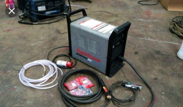 Hypertherm 900 plasma cutter great condition
