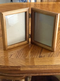 Picture Frame Solid Oak Attached 2, 5x7 2210 mi