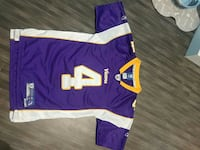Size medium Reebok FAVRE Vikings jersey Burlington, L7R 2C8