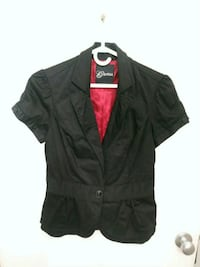 Womans guess short sleeved jacket Edmonton, T5N 3L4