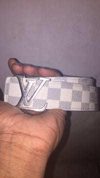Gray and white louis vuitton leather belt Toronto, M9N 2N2