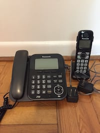 Black panasonic wireless home phone with 1 receiver Toronto, M9W