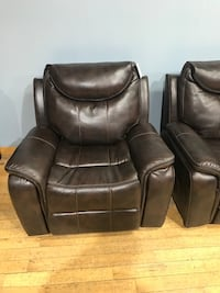 Rocker recliner chair furniture living room  Hamilton, L9G