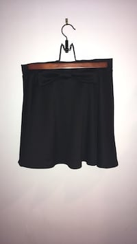Black skirt with bow 37 km