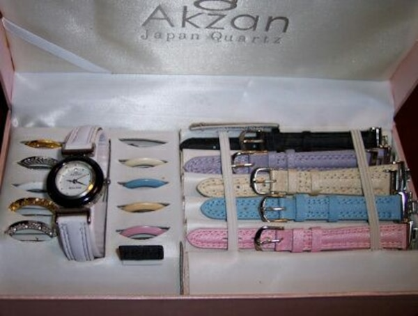 Akzan Watch with Interchangeable Bands and Watch F