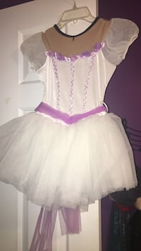 Ballet dress for girls ages 6-9 Chesterfield, 48047